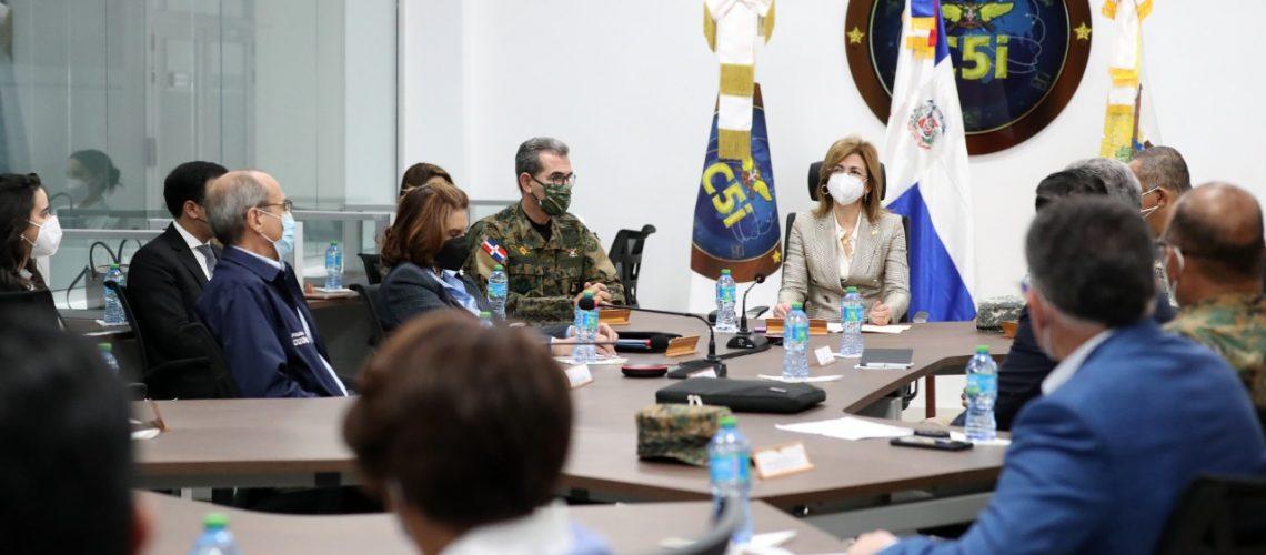 El Ministro de Defensa destaca los aportes 16